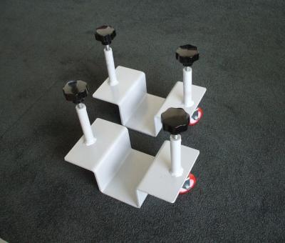 Kit composto da due pezzi per la movimentazione rapida delle pareti AOS® Floor.